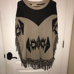 Sweater/ poncho
